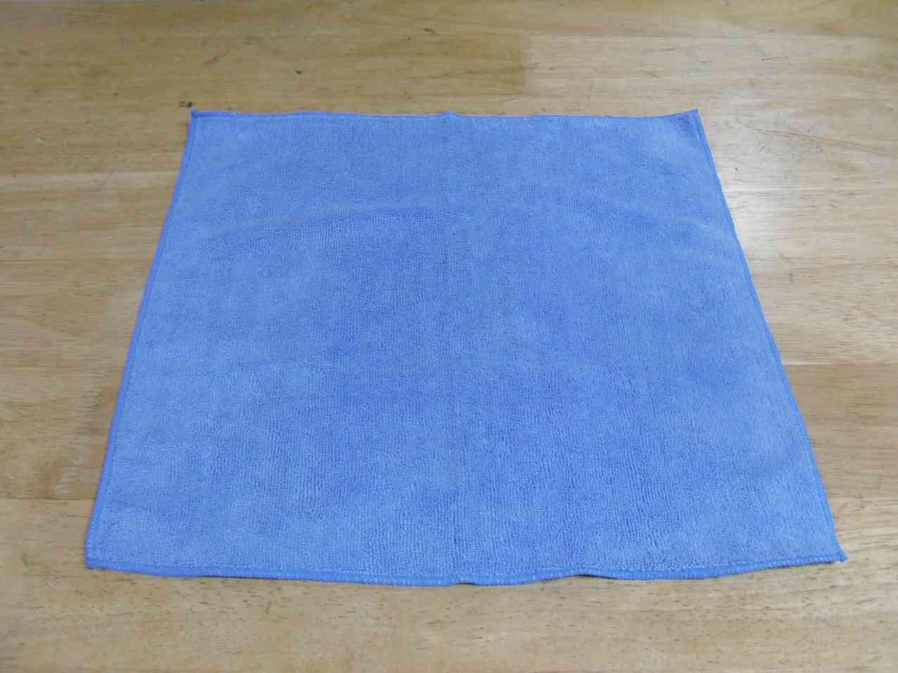 Durable light blue cleaning towel